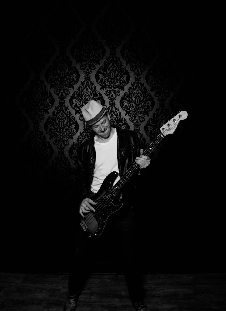 Bassiste Pop Paris